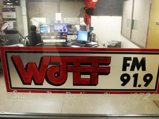150212_news_radio