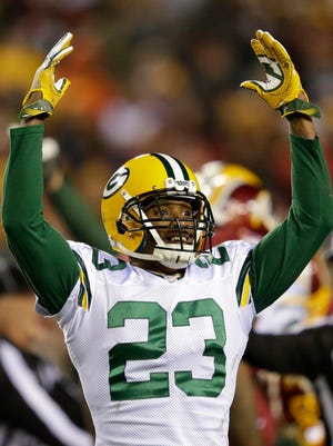 Green Bay Packers cornerback Damarious Randall celebrates a fumble recovery against Washington.
