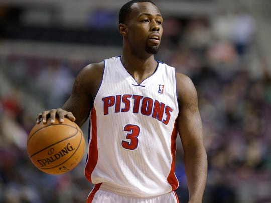 The Pacers signed Rodney Stuckey to the veteran's minimum.
