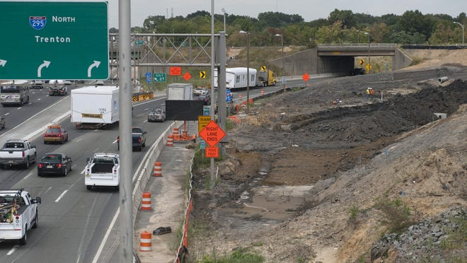 A September 2014 file photo shows construction on the Direct Connection project near the intersection of northbound Route 42 and Interstate 295 in Bellmawr.