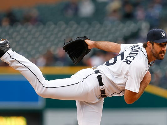 Detroit Tigers pitcher Justin Verlander throws against the Cleveland Indians in the first inning of a baseball game, Friday, April 22, 2016, in Detroit. (AP Photo/Paul Sancya)