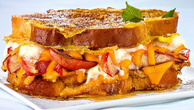 Grilled cheese lovers from across the U.S. put their personal stamp on a time-honored comfort food during the 2017 Grilled Cheese Academy Recipe Showdown sponsored by the Wisconsin Milk Marketing Board.