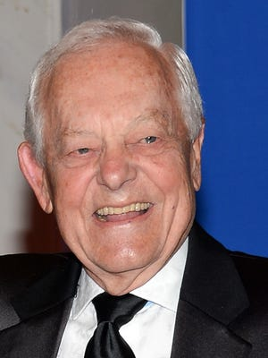 "CBS News anchor Bob Schieffer attends the White House Correspondents' Association Dinner at the Washington Hilton Hotel in Washington on May 3, 2014. Schieffer's last Sunday as host of CBS' ""Face the Nation"" will be on May 31, 2015."