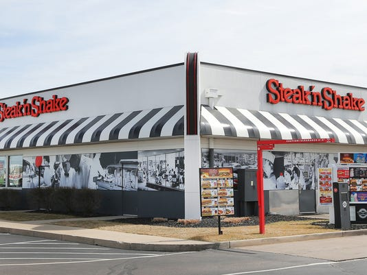 635623767363638994-Steak-n-Shake