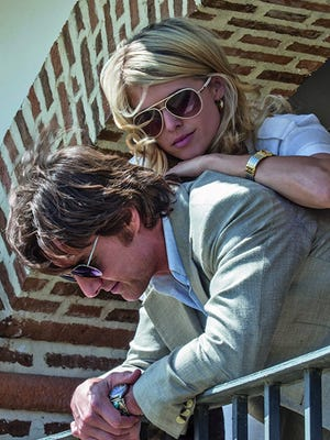 """Tom Cruise and Sarah Wright in """"American Made."""""""