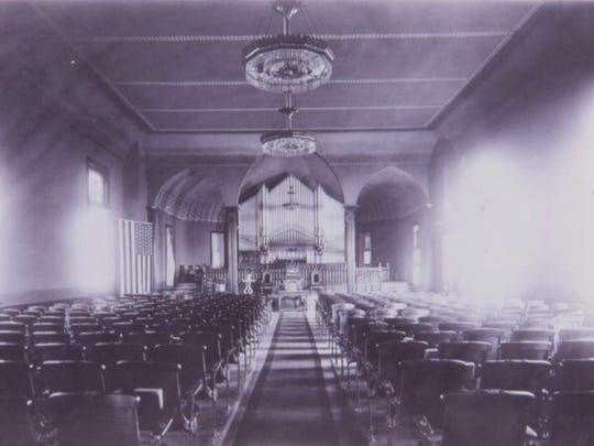 Rows of seats fill the meeting house of First Congregational Church of Wauwatosa in 1913.