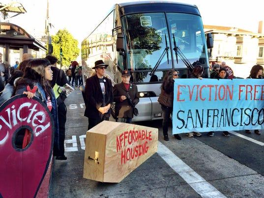 AP SF Tech Shuttle Buses
