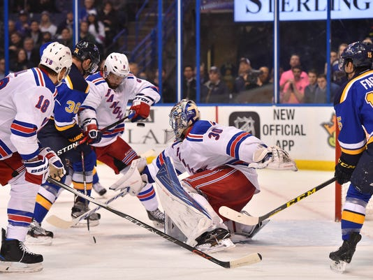 USP NHL: NEW YORK RANGERS AT ST. LOUIS BLUES S HKN USA MO