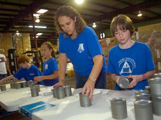 -ANI Montessori Volunteers6.jpg_20131122.jpg