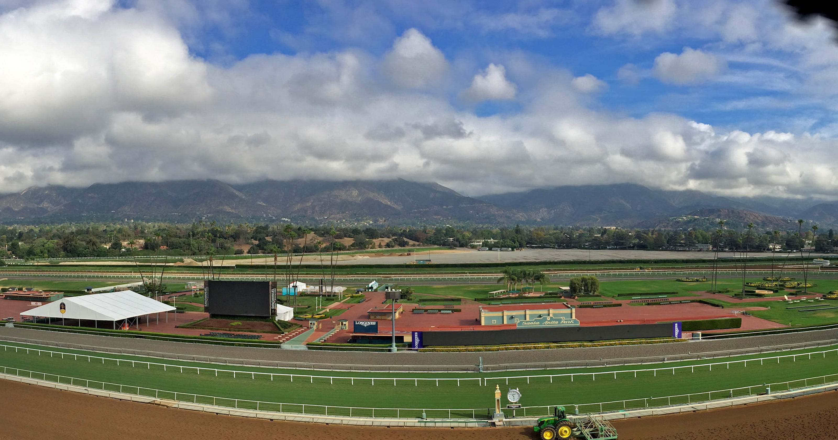 Santa Anita Horse Deaths Hall Of Fame Trainer Banned From Track