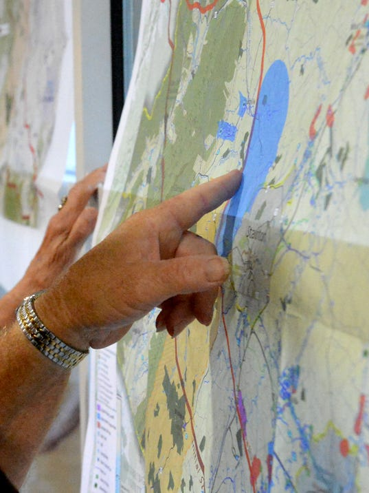 Citizens try to figure out proposed pipeline