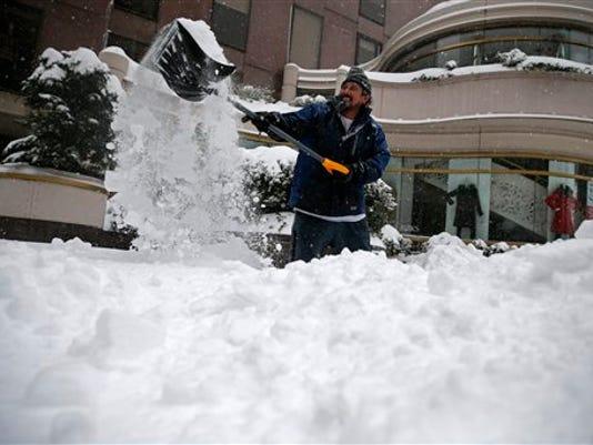 635893065358046390-snow.jpg