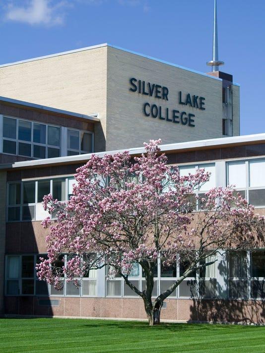 636410904923672055-MANBrd-05-11-2017-Herald-1-A007--2017-05-10-IMG-Silver-Lake-College-3-1-SLIBC7JI-L1026421462-IMG-Silver-Lake-College-3-1-SLIBC7JI.jpg
