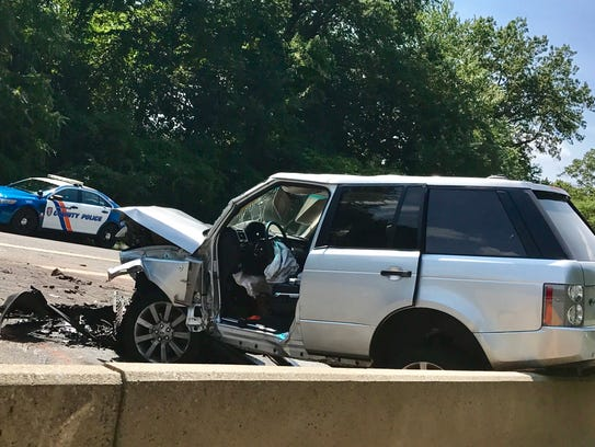 Mercedes Des Moines >> CT driver in wrong-way on Hutchinson River Parkway ID'd by police