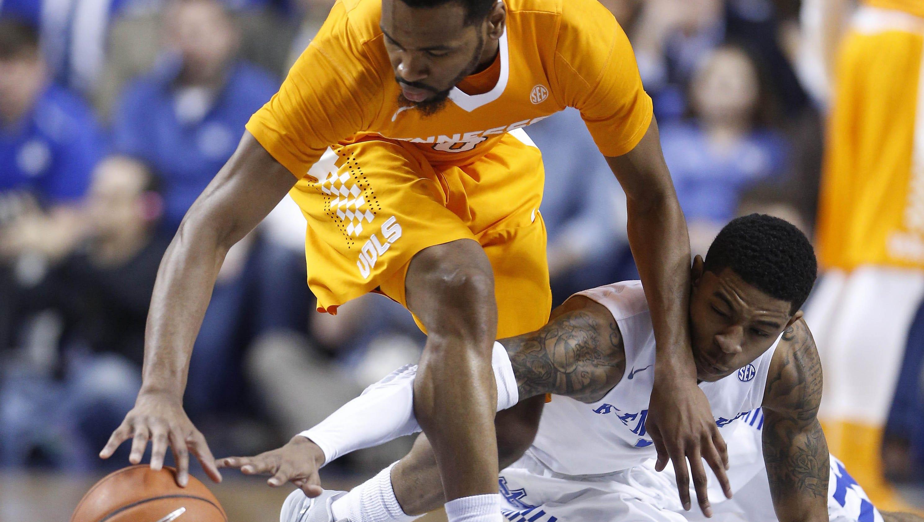 Kentucky doesn't slip vs. Vols this time