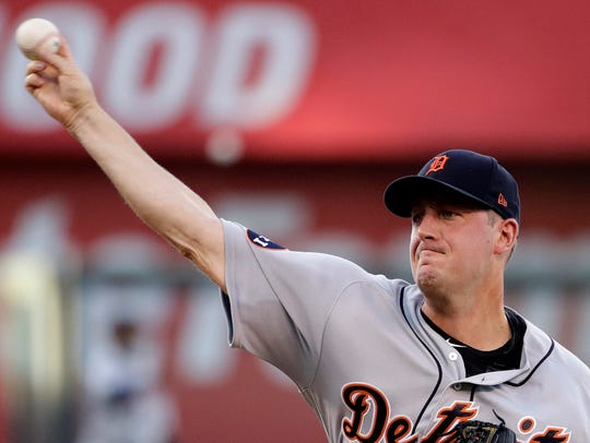 Tigers pitcher Jordan Zimmermann throws during the