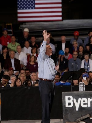 Brad Wenstrup addresses the crowd at the Byer Steel facility in Carthage in 2012.