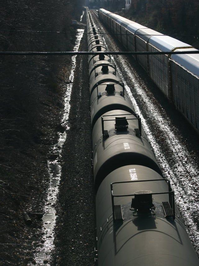 Oil trains: CSX official who urged NJ oil train veto to lead
