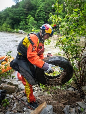 Professional kayaker and East Tennessee native, Dane Jackson, organized a river cleanup day Saturday on the Nolichucky River.