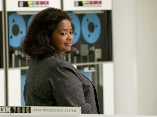 Dorothy Vaughan (Octavia Spencer) learns the ins and outs of NASA's new IBM computer.