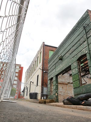Plans call for a gutted building at 101 Federal St. in downtown Anderson to become a sushi restaurant.