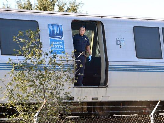 AP BART TRAIN DEATHS A USA CA
