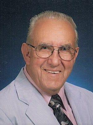 Richard Leon Carver, 82