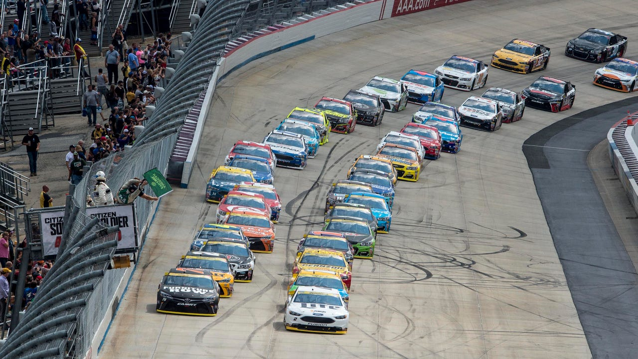 USA TODAY Sports' Jeff Gluck looks ahead to the Bank of America 500 at Charlotte Motor Speedway on Saturday night.