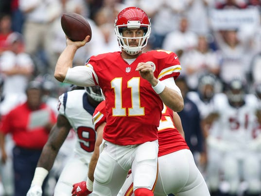 Alex Smith's 3 touchdown passes power Chiefs over Texans