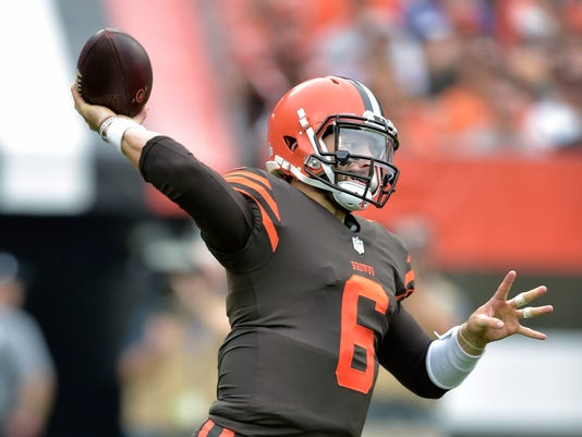 Chargers_Browns_Football_98460.jpg
