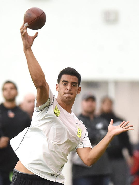 All Eyes On Marcus Mariota At Oregon S Pro Day