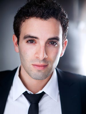 Jarrod Spector will be featured during Axelrod Performing Art Center's 10th anniversary gala.