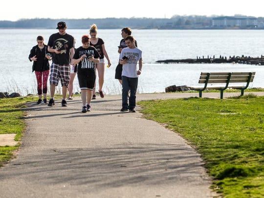 Pokemon Go players make their way through Battery Park