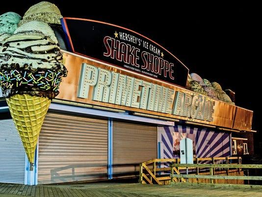 635606241800099300-sugar-cone