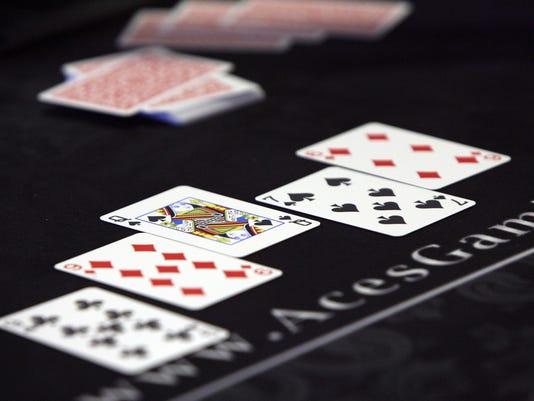 635835158047955861-poker-0807-charity-2-08-09-2009-G.jpg