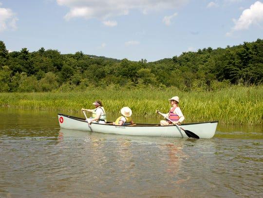 Paddle through Constitution Marsh Audubon Center and