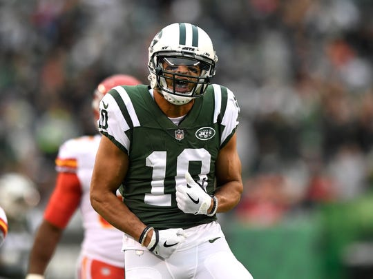 New York Jets wide receiver Jermaine Kearse (10) celebrates after completing a long pass down field in the first half. Kansas City Chiefs at the New York Jets in East Rutherford, NJ on Sunday, December 3, 2017.