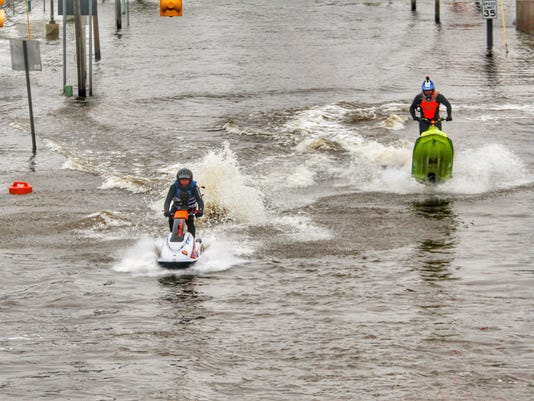 636551908553347943-Kalamazoo-Flooding-1.jpg