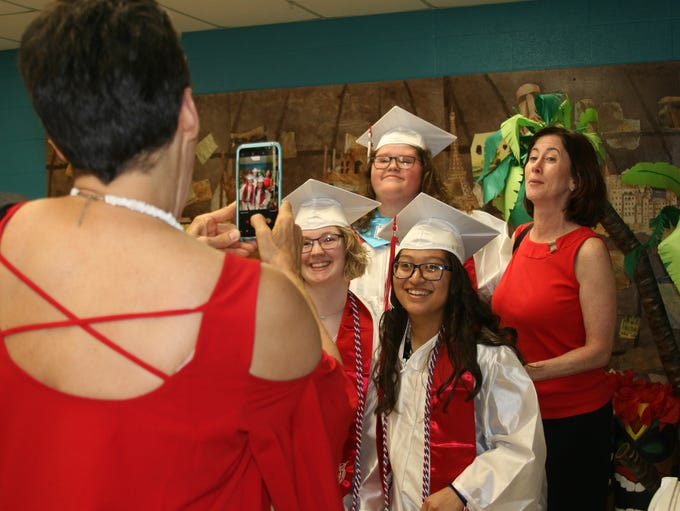 Flippin High School graduates Ashley Vredenburg and