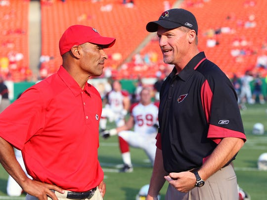Ex-Chiefs head coach Herm Edwards and ex-Cardinals