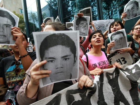 EPA EPASELECT MEXICO MISSING STUDENTS PROTEST POL CITIZENS INITIATIVE & RECALL MEX DI