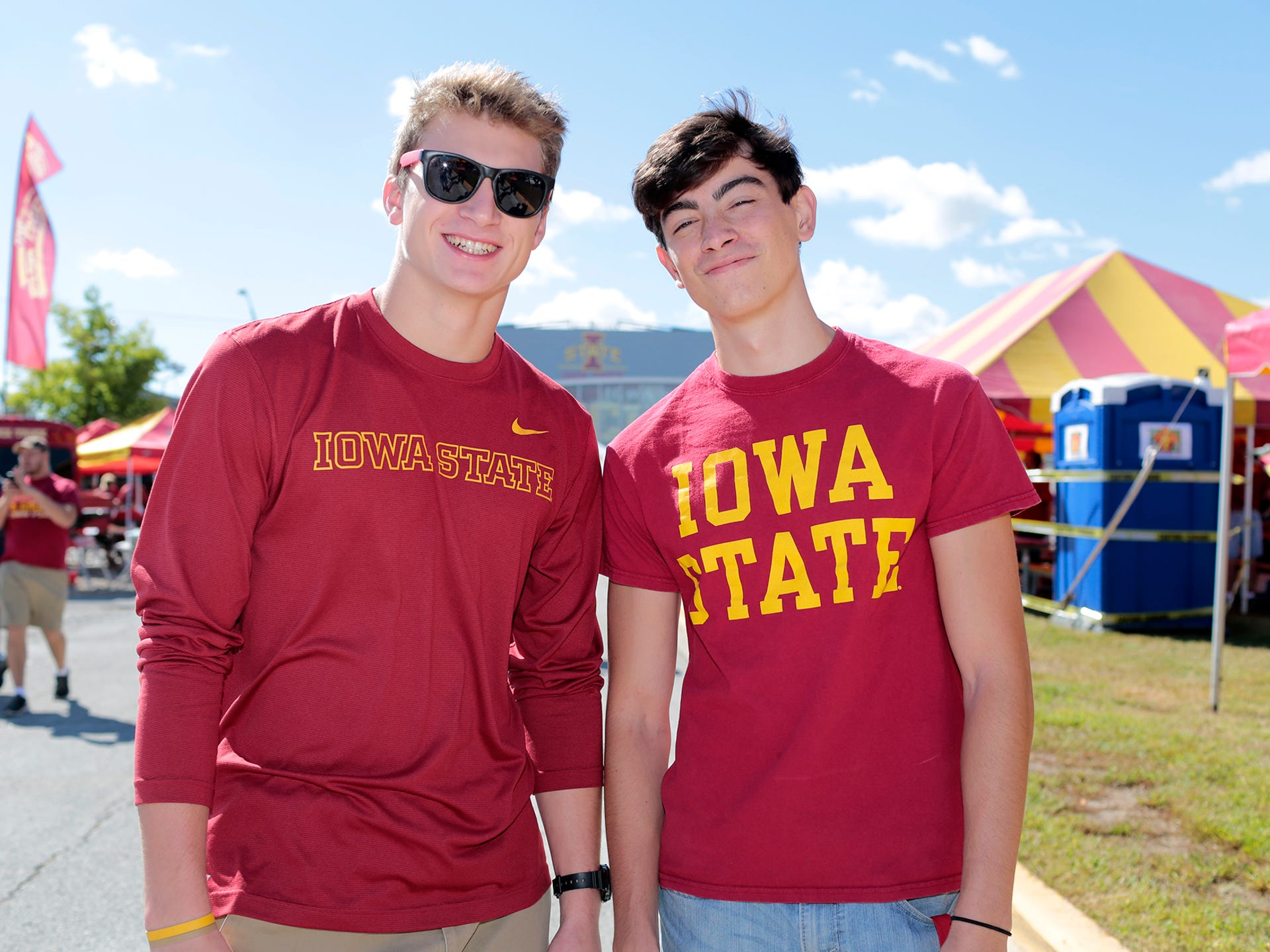 124 photos: Cy-Hawk tailgate