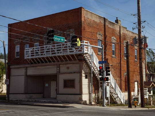Former North Des Moines City Hall at 1601 6th Ave is on the endangered buildings list put out by the Des Moines Rehabbers Club in Des Moines on Saturday, Oct. 10, 2015.