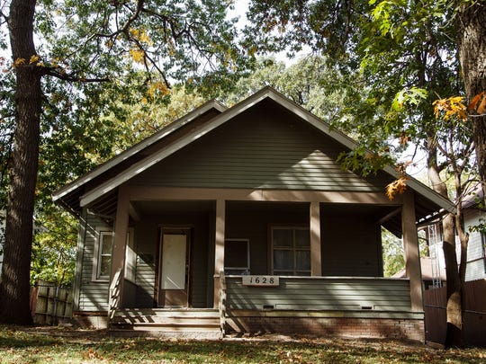 The Twombly house at 1628 E. 8th St. is the endangered buildings list put out by the Des Moines Rehabbers Club in Des Moines on Saturday, October 10, 2015.