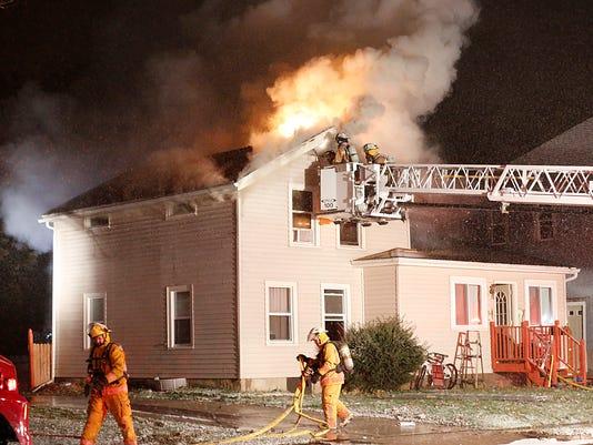 635837245667724766-FON-112015-house-fire-008.jpg