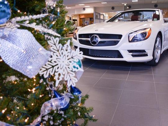 he Mercedes Benz SL 400 at Moss Motors is just one