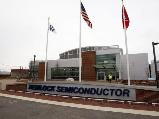 The $1.2 billion former Hemlock Semiconductor plant in Clarksville closed in 2014 before operations began.