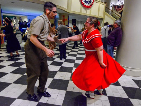 PHOTOS: Swing at the Market Street Canteen