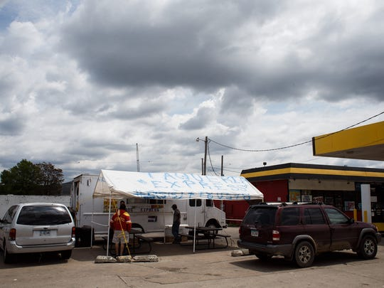 The taco truck Taqueria Express has been on Second