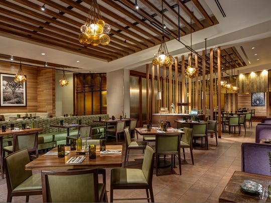The Rockwood Grill at JW Marriott Desert Springs Resort in Palm Desert features this dining room.